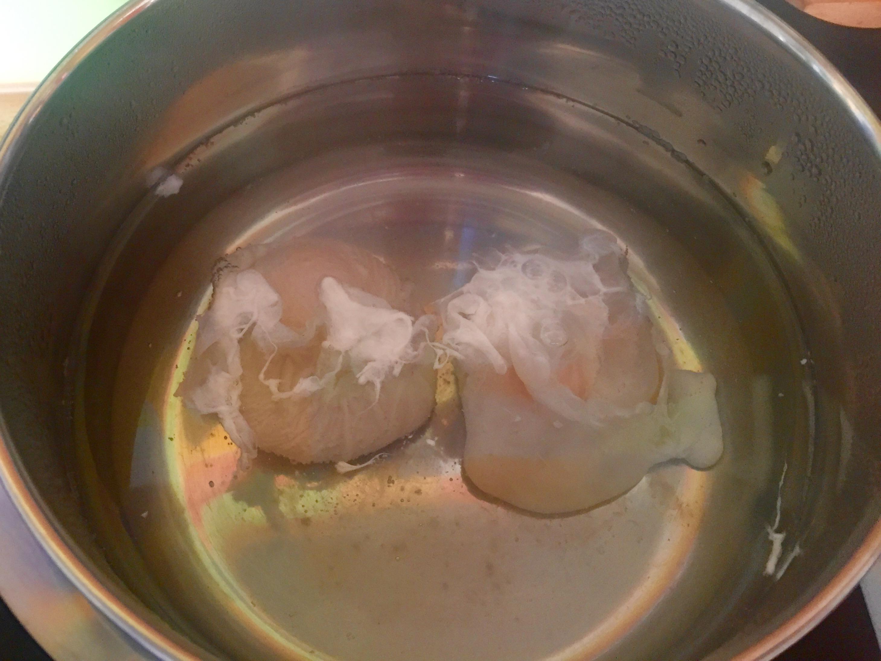 Ei ei ei pochiertes ei zum fr hst ck ist lecker - Eier weich kochen minuten ...