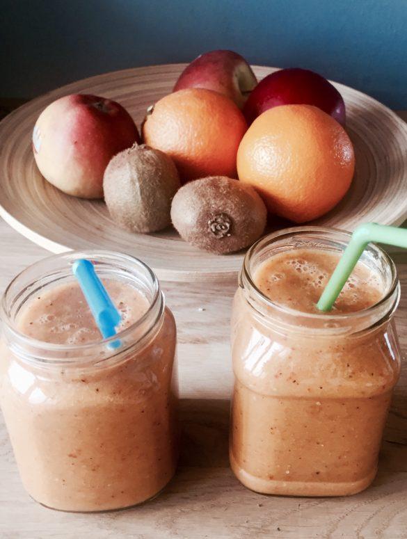 Smoothie Rezepte, smoothie rezept obst, Smoothie bowl, einfache smoothies, frühstück, gesundes frühstück, gesundes frühstück rezepte, gesundes essen, zum Frühstück, gesund frühstücken, frühstücksideen, rezept frühstück, frühstück rezepte, frühstücksrezepte