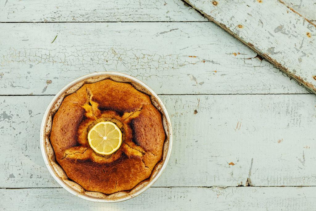 zitronenkuchen, selterskuchen rezept, selterskuchen blech, tassenkuchen, selterswasserkuchen rezept, rührkuchen, rezept Selterswasserkuchen, Selterswasserkuchen mit Kakao, Papageienkuchen, Selterskuchen DDR, Tassenkuchen, Selterswasserkuchen mit Obst