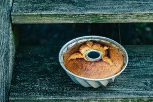 Rezept Selterswasserkuchen, Selterswasserkuchen mit Kakao, Papageienkuchen, Selterskuchen DDR, Tassenkuchen, Selterswasserkuchen mit Obst