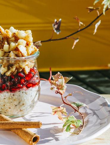 vegan zum Frühstück, Frühstück, Rezept Frühstück, gesundes Frühstück, gesund frühstücken, Apfel, Chia Samen Rezept