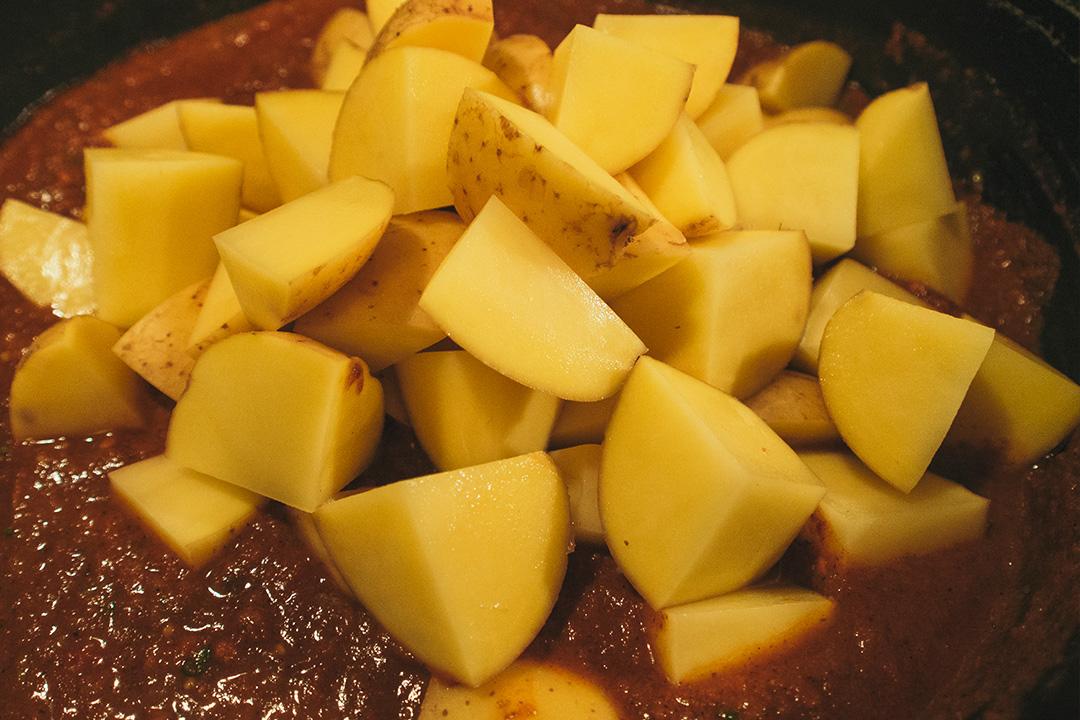 Rezept: Curry Kartoffeln mit Spinat- indisch, vegetarisch, sehr ...