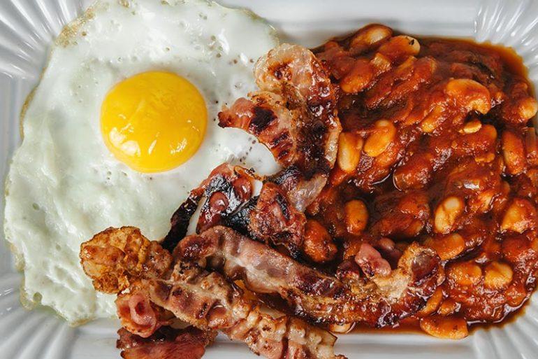 baked beans rezept , weiße bohnen, rezept bohnen, bohnen kochen, viel Eiweiß, eiweiß diät, eiweiß protein, rezept eiweiß, gesund frühstücken, frühstück, rezepte frühstück