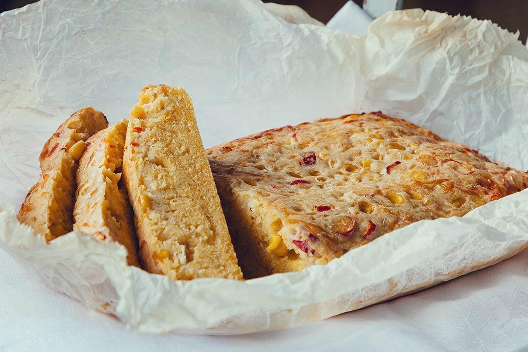 rezepte jamie oliver, cornbread rezept, maisbrot rezept, maisbrot backen, brot backen, brot rezept, das brot, brot rezepte, selber brot backen