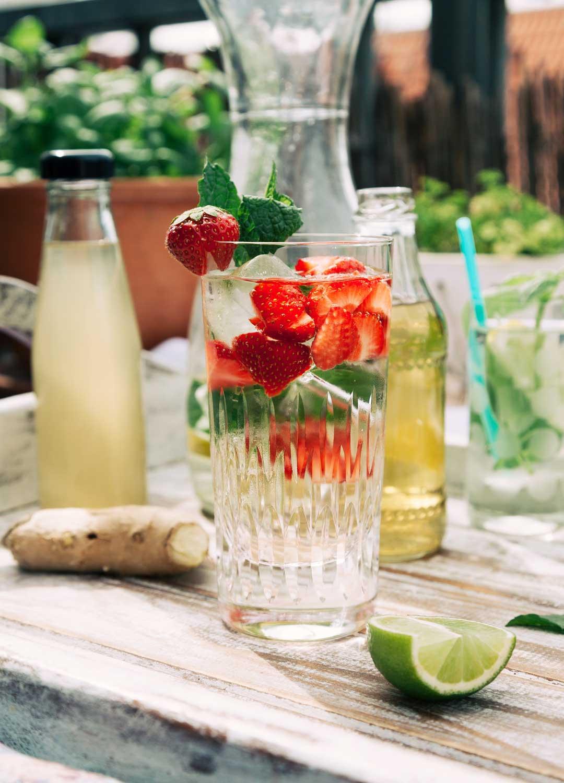 limonade selber machen 3 rezepte und ein paar tipps und tricks. Black Bedroom Furniture Sets. Home Design Ideas