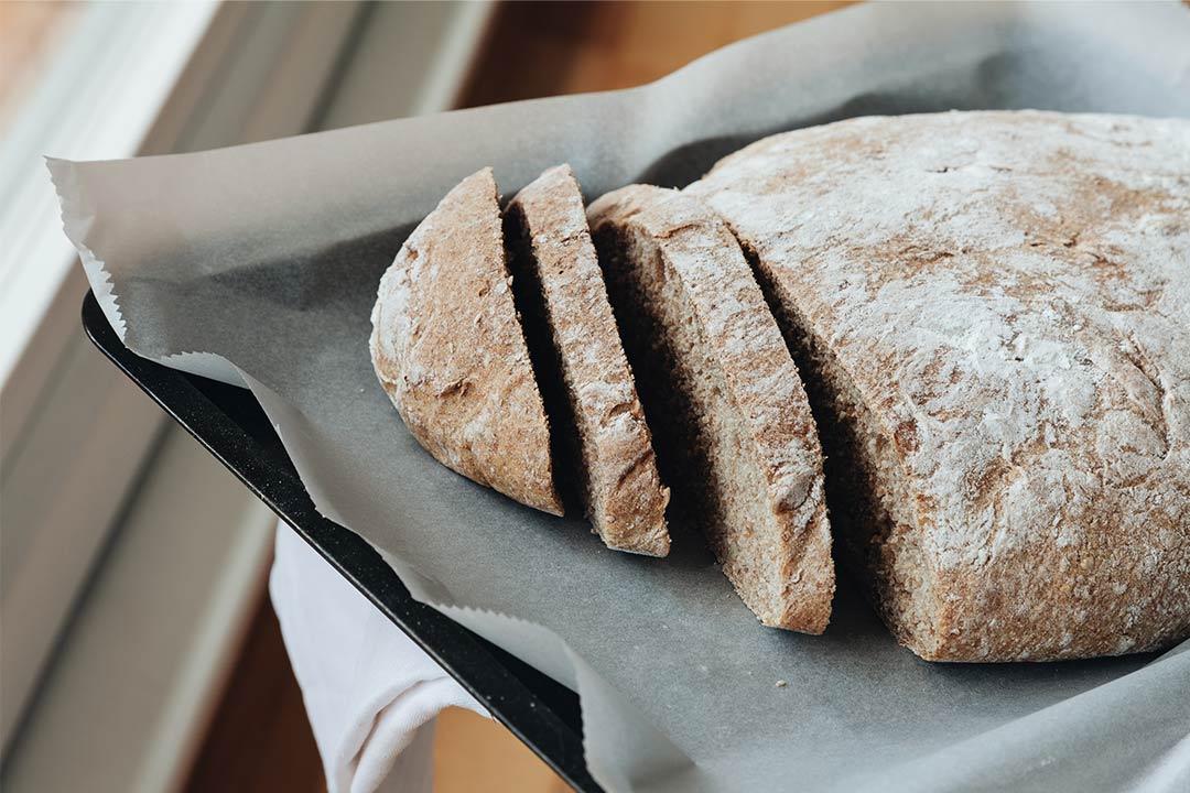 Brot Backen Mit Dinkel Vollkorn Tipps Tricks Und Ein Rezept