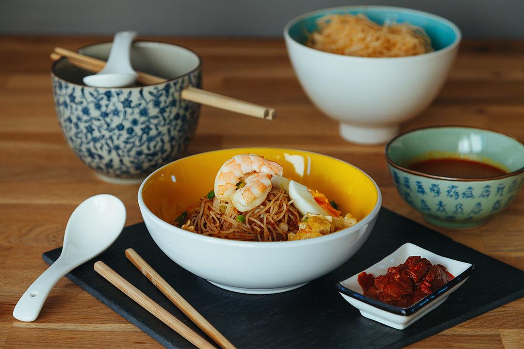 asia noodels rezept, mee siam, herzhaftes frühstück, rezept gebratene nudeln, chinesisch gebratene nudeln, gebratene nudeln, gebratene nudeln mit gemüse, gebratene nudeln mit ei, chinesische gebratene nudeln, gebratene nudeln mit hähnchen, gebratene nudeln mit hühnerfleisch, asiatische gebratene nudeln, gebratene nudeln mit huhn, gebratene nudeln asiatisch, gebratene nudeln selber machen