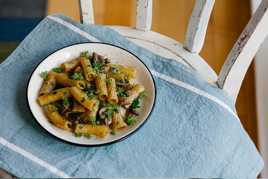 Nudeln mit, nudel rezept, rezepte, nudel rezepte, rezept pasta, teigwaren rezepte, schnelle pasta rezepte, begratene Nudeln, nudeln gemüse