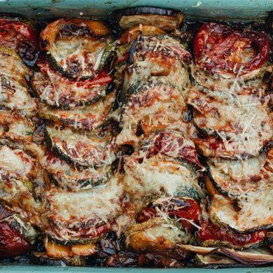 gemüse, auflauf, gemüse rezept, gemüse auflauf, rezepte mit gemüse, zucchini auflauf, auflauf gemüse, low carb auflauf, vegetarisch, tomaten auflauf, was ist tian, tian provençal rezept, ratatouille rezept