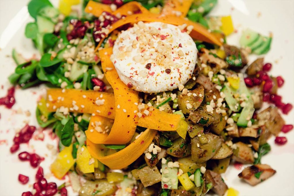 Mit dem Rezept steht man gerne auf: Der Warm-Kalt-Salat