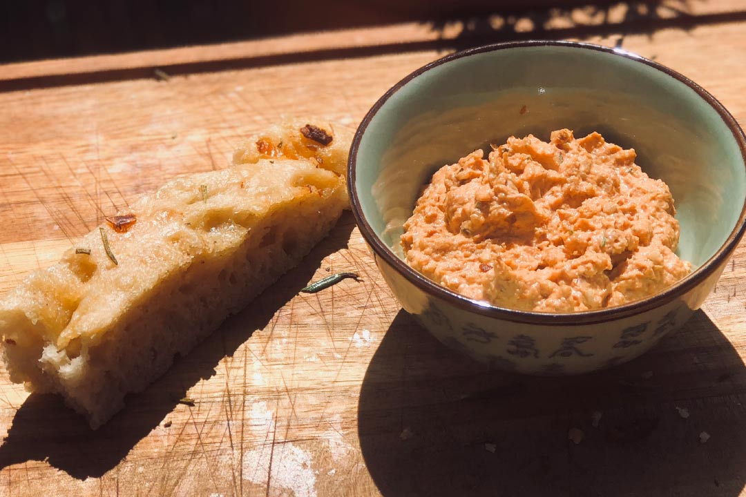 rezept dip, dip rezepte, joghurt, joghurt dip, dips, dip selber machen, tomaten dip, rezept getrocknete tomaten, dip getrocknete tomaten, getrocknete tomaten in öl