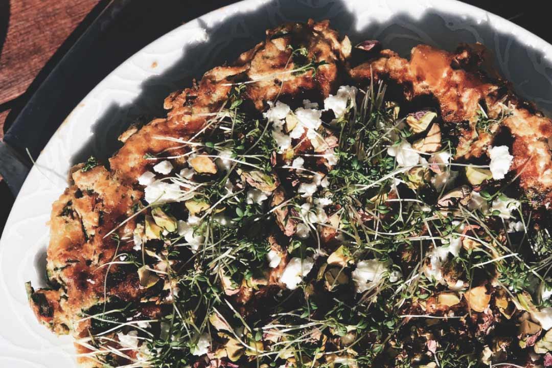 omelett zubereiten, omelett mit gemüse, rezept omlett, omlett rezept, frühstück, rezepte frühstück, frühstücksrezept, frühstücksidee, gesund frühstücken