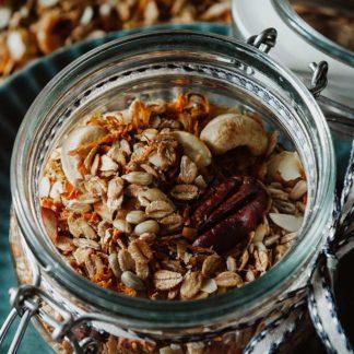 granola selber machen, granola müsli, granola ohne Zucker, granola recipe, granola selbst machen, homemade granola, müsli selber machen, granola müsli selber machen, rezept möhren, möhren rezepte, ingwer möhren, rezept mit möhren, zum frühstück, frühstücken, frühstück rezepte, gesundes frühstück
