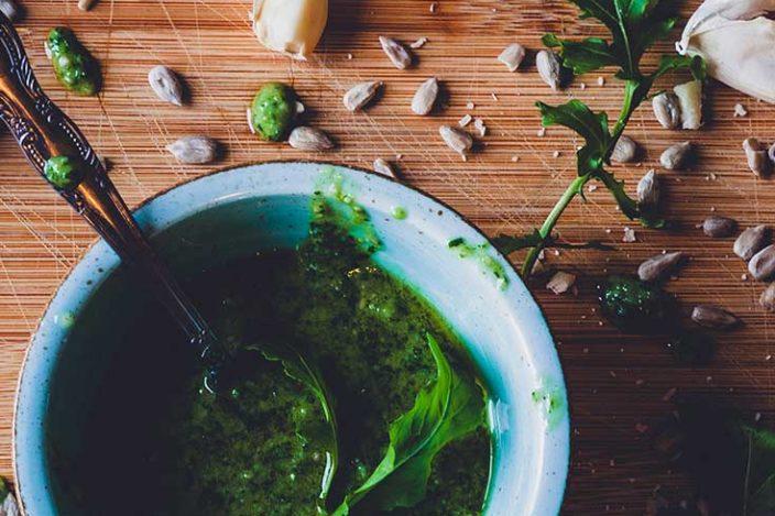 Pesto Rezept, pesto selber machen, rucola pesto, gnocci rezept, gnocci rezepte, gnocci pfanne, gnocci selber machen, pesto selbstgemacht, pesto verwendung